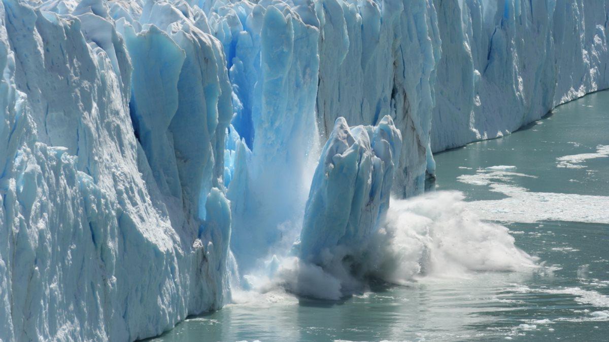 Южный полюс Антарктика ледник глобальное потепление таяние