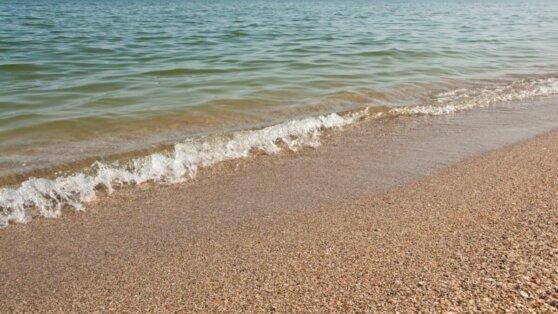 Украинцам рекомендовали воздержаться от купания в Черном море