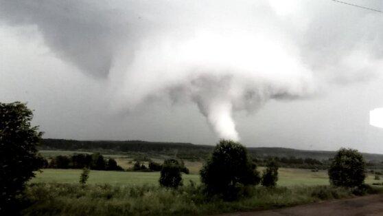 На Кировскую область надвигается циклон с градом и смерчами