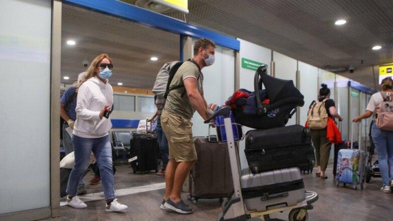 Россия Коронавирус аэропорт пассажиры прилёт контроль три