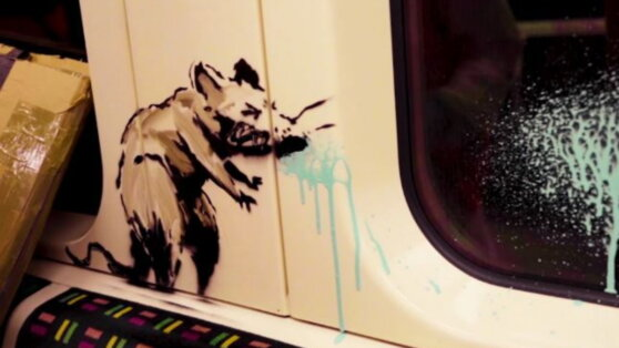 Бэнкси нарисовал в вагонах метро крыс с медицинскими масками