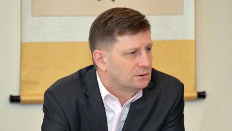 Сергей Фургал светлый фон