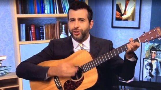 Ургант спел на онлайн-выпускном в университете за 1,5 млн рублей