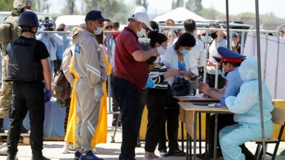 В Казахстане за сутки коронавирусом заразились 1604 человека