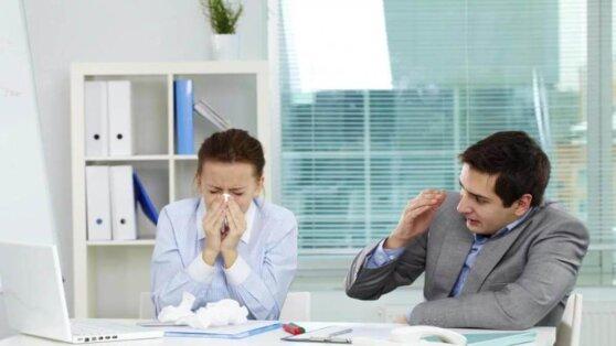 Названы два главных фактора, ведущие к заражению коронавирусом