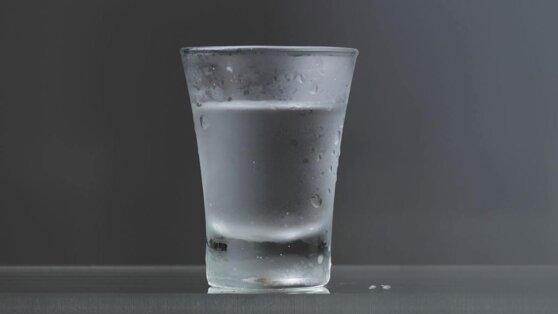 Назван самый простой напиток, спасающий от смертельной болезни