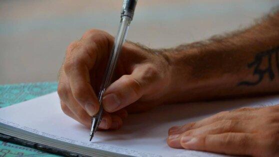 Признаки болезни Паркинсона обнаружили в почерке