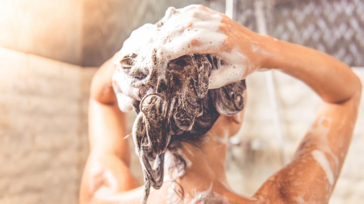 Мытьё головы голову волосы шампунь душ