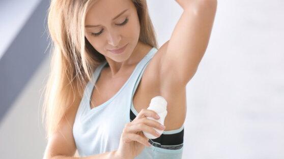 Врач предупредила об опасности регулярного использования дезодорантов