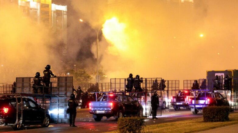 Белоруссия Беларусь протесты ОМОН слезоточивый газ