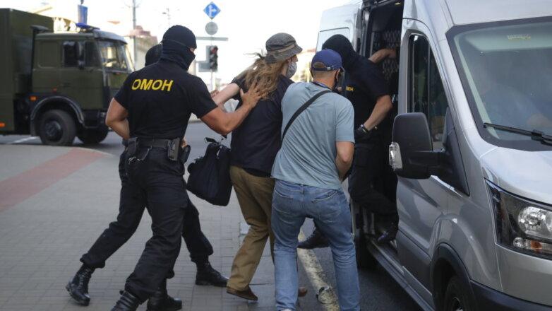 Белоруссия Беларусь задержание ОМОН машина