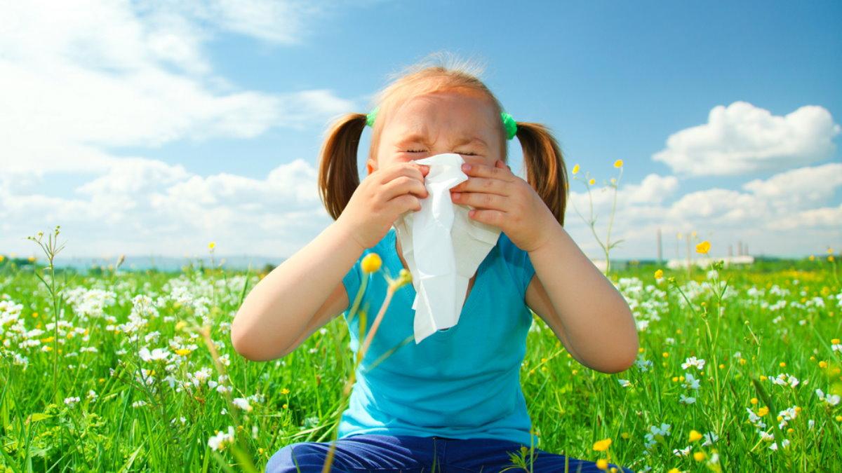 Весна ребёнок девочка аллергия