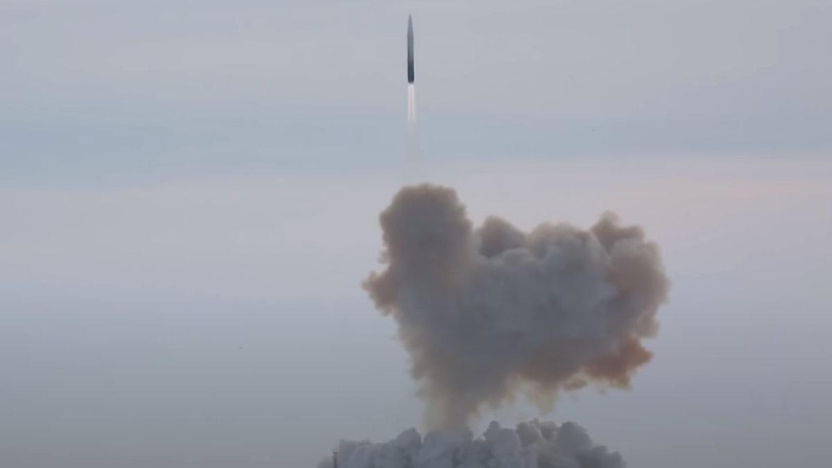 Пуск ракеты комплекса Авангард