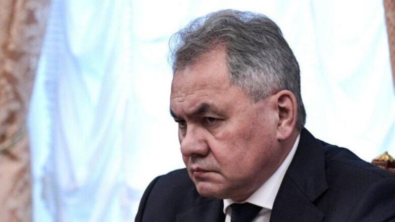 Министр обороны Российской Федерации Сергей Шойгу хмурый