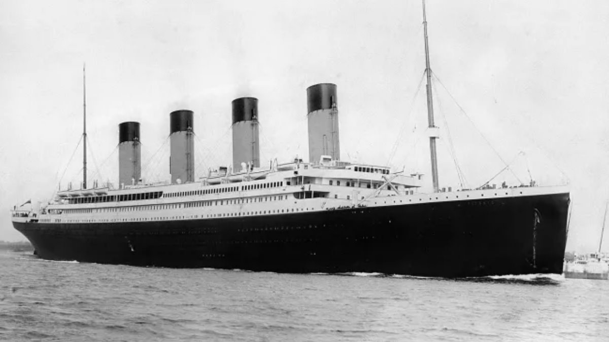 Лайнер Титаник