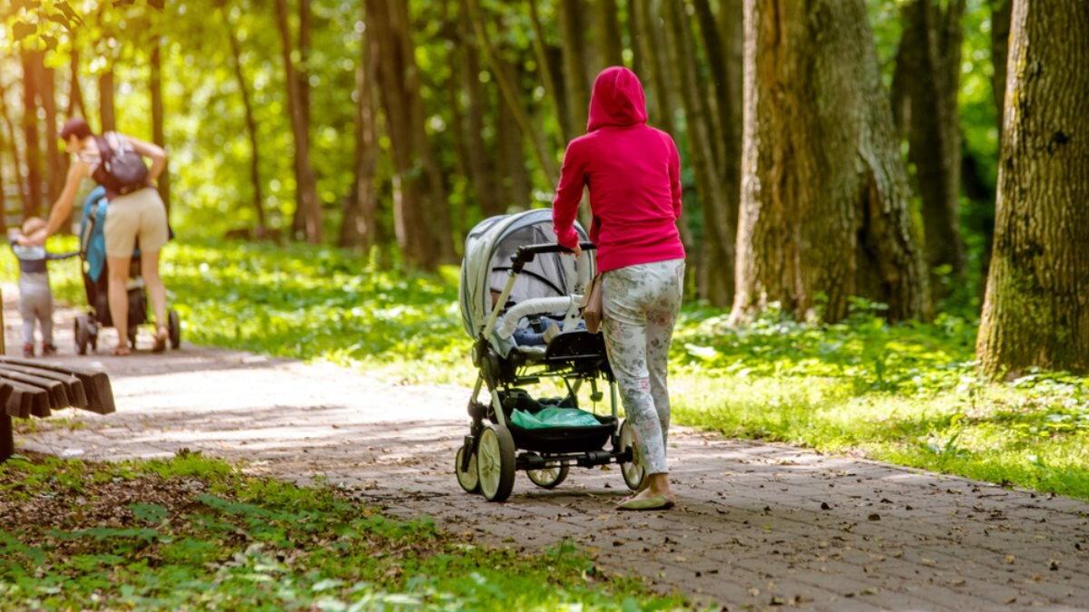 Мать ребёнок дети детская коляска