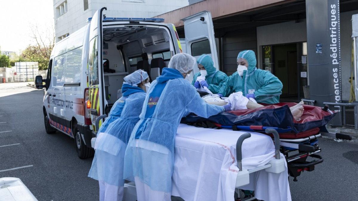 Франция коронавирус врачи