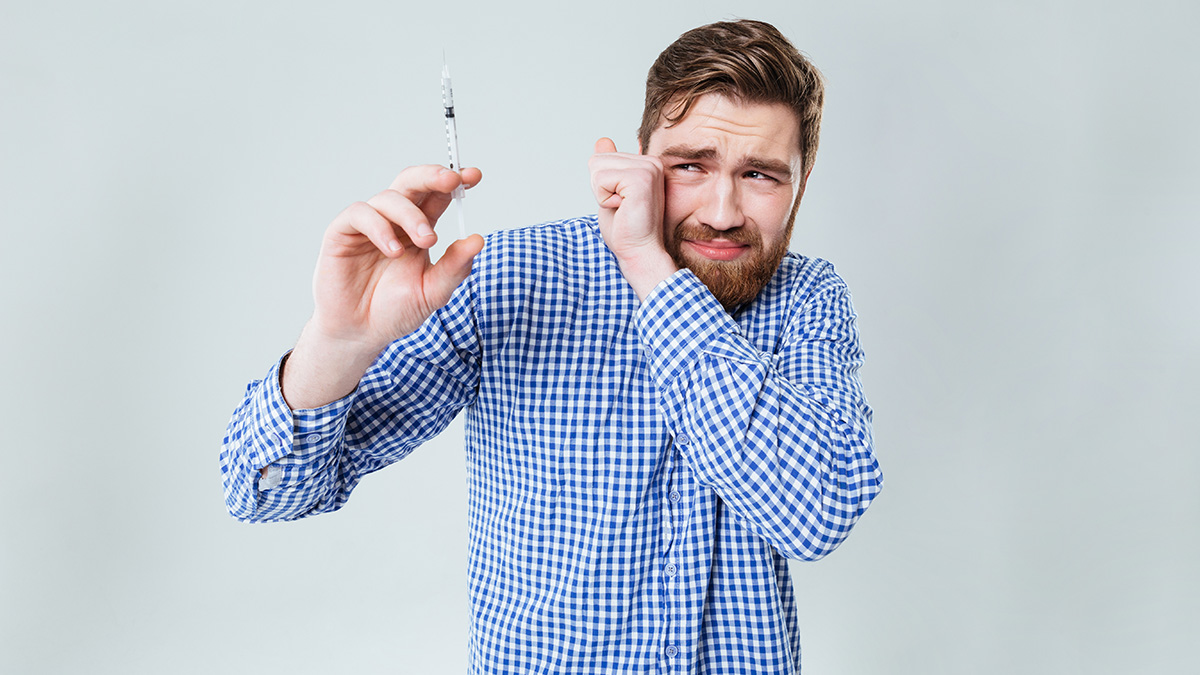Болеть, нельзя привиться: россияне не спешат пользоваться вакцинами от коронавируса