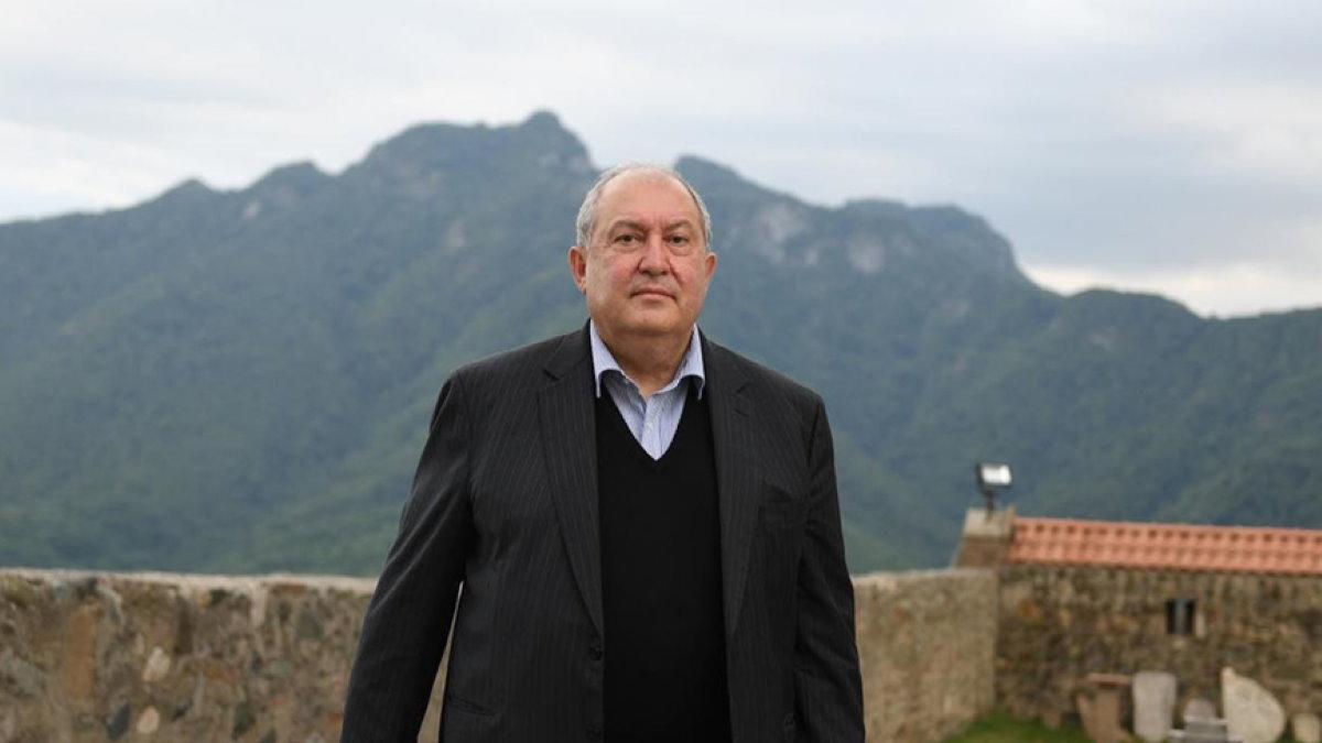 Президент Армении Армен Саркисян - Armen Sarkissian два