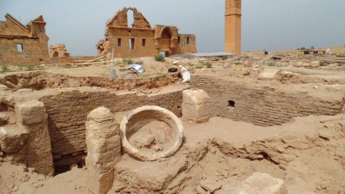Библия и археология - Страница 5 Harran