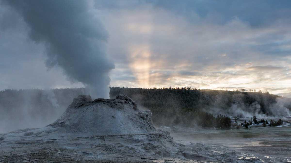 Вулкан ЙЕЛЛОУСТОУН извержение