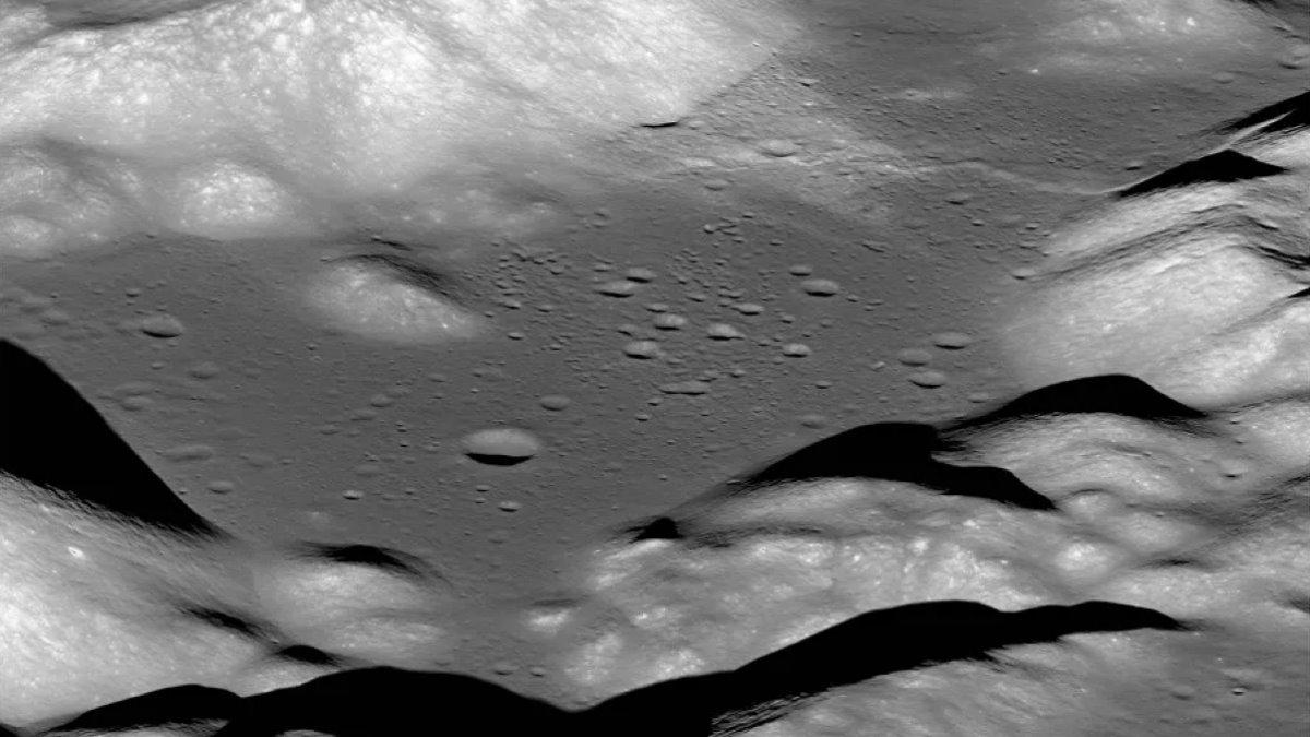 Луна кратеры Долина Таурус-Литтроу