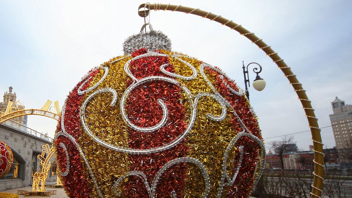Новый год шар оформление москвы