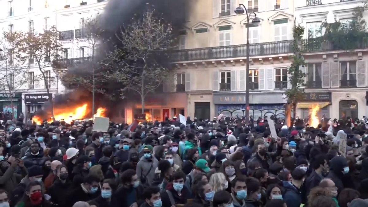 Париж протесты митинг против законопроекта О глобальной безопасности