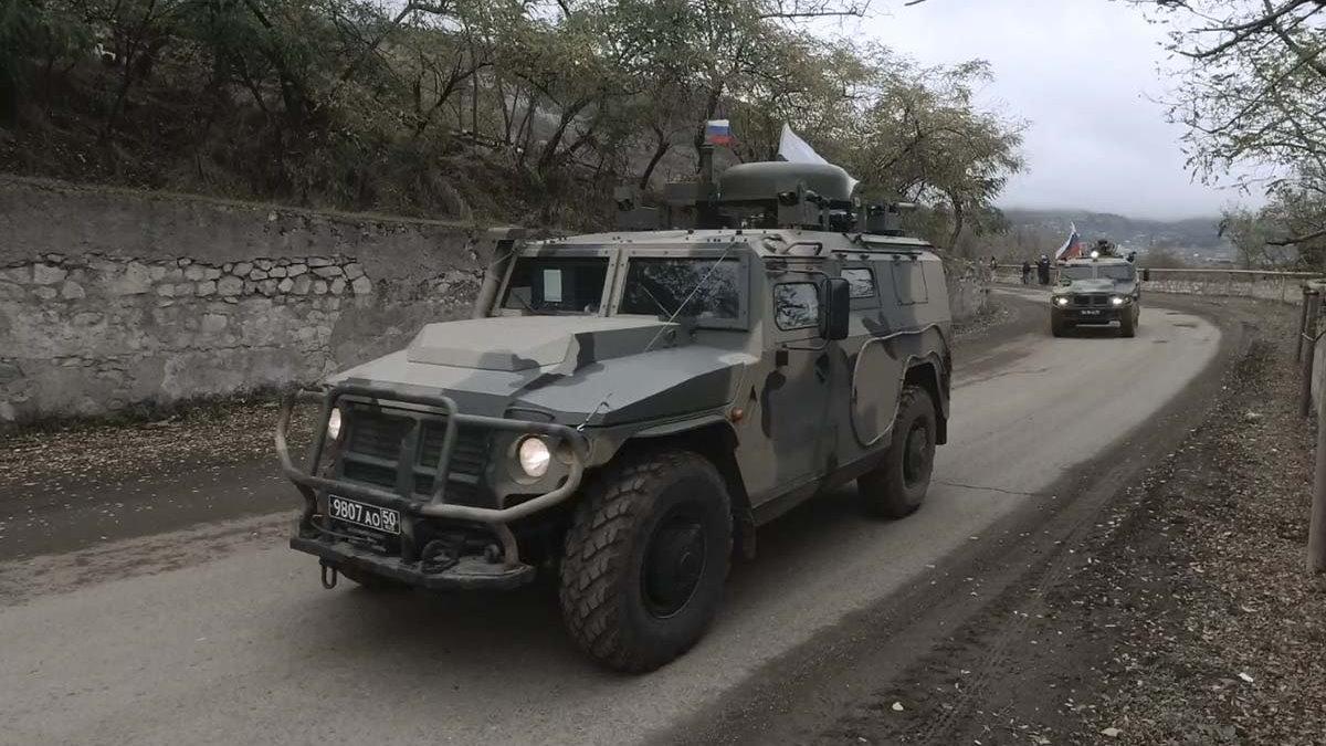 Нагорный Карабах российские миротворцы колонна