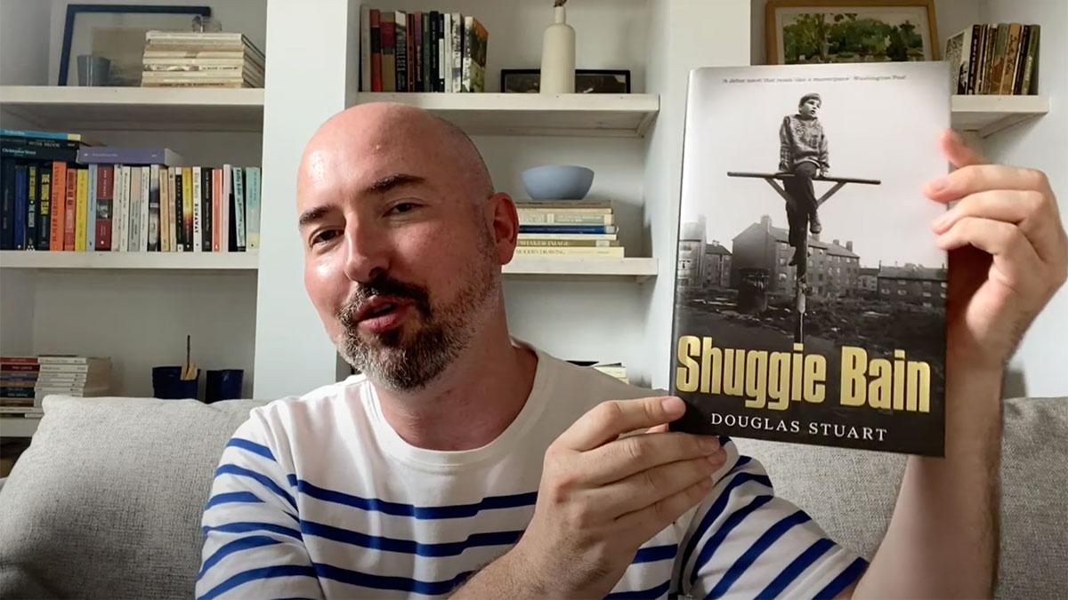 Шотландец Дуглас Стюарт получил Букеровскую премию задебютный роман