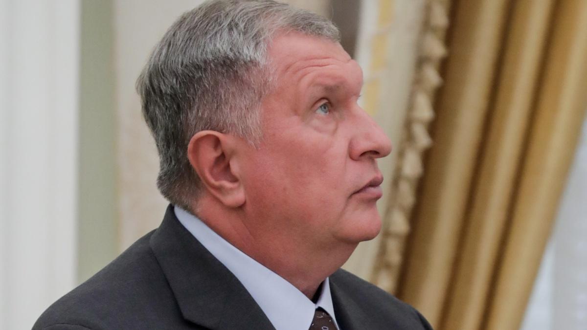 """Председатель правления ОАО """"НК """"Роснефть"""" Игорь Сечин"""