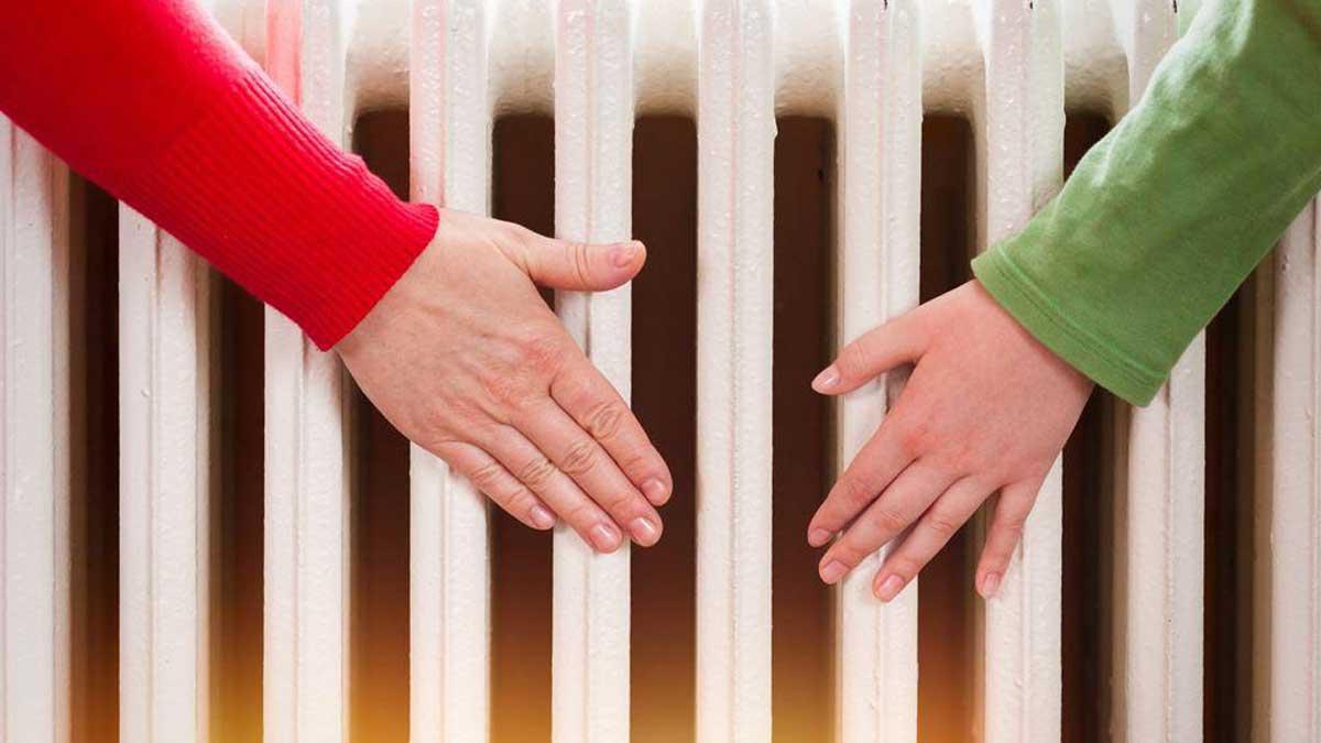 Руки батарея отопление