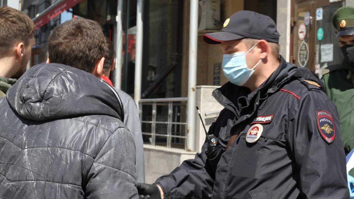 Штраф нарушители без маски улица полиция