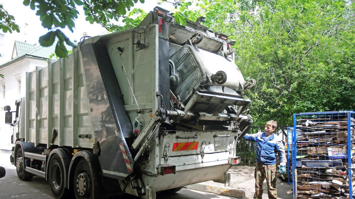 Вывоз мусора мусоровоз
