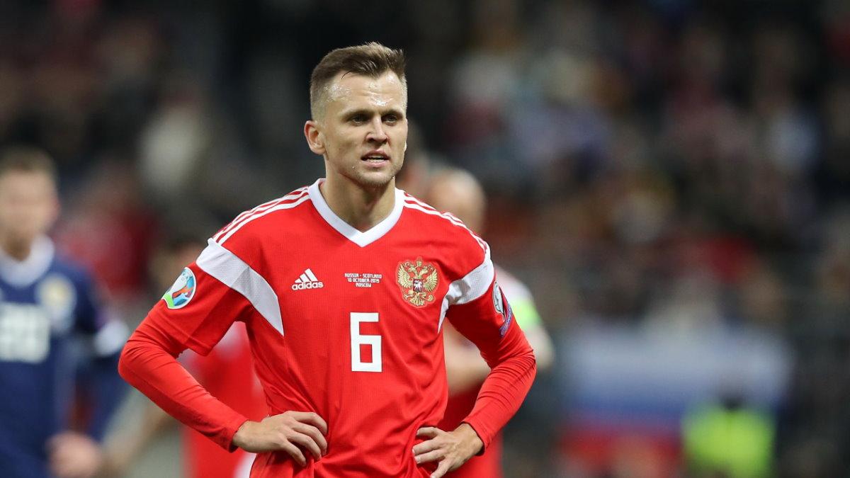 Футболист Денис Черышев Сборная России по футболу