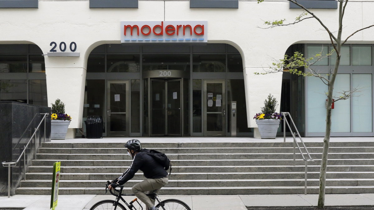 Компания Moderna логотип один