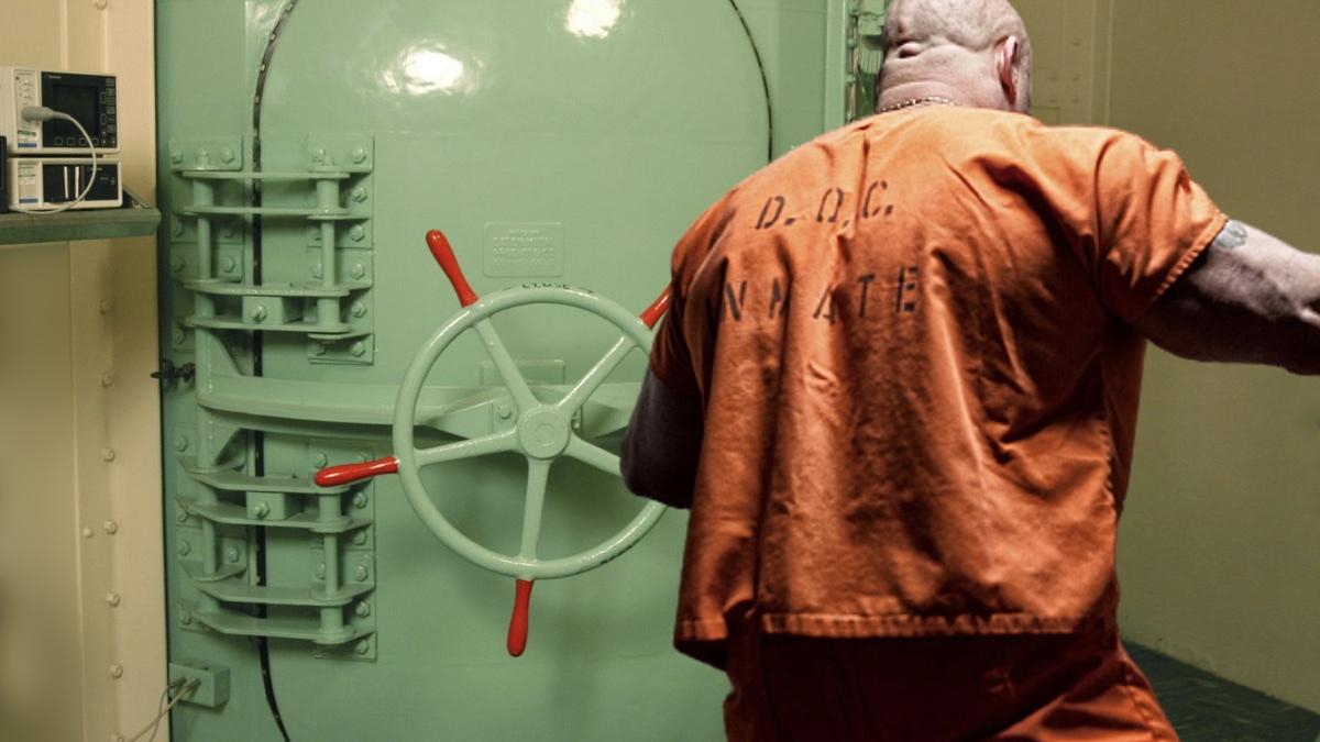 смертная казнь в США с помощью газовой камеры