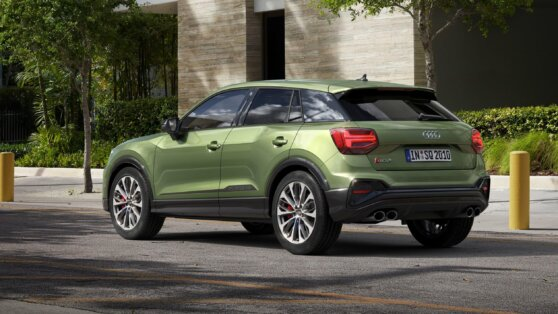 New Audi SQ2 SUV сзади