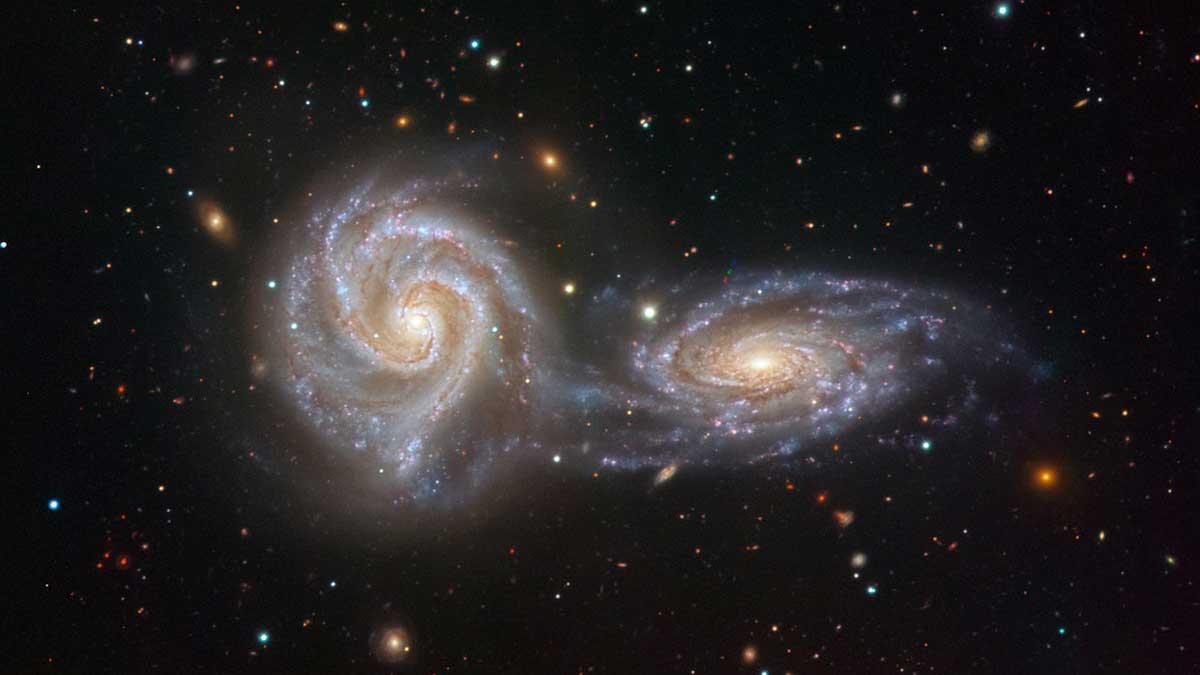 столкновения скоплений галактик