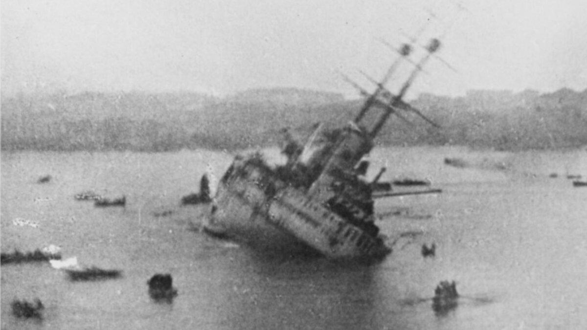 Момент гибели линкора Вирибус Унитис