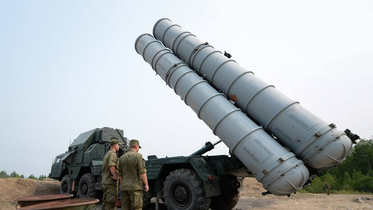Зенитно-ракетный комплекс С-300 развёртывание