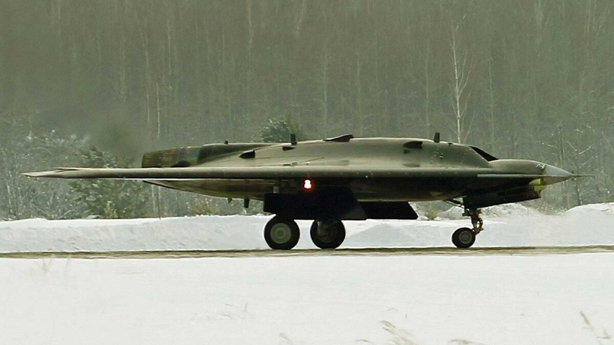 беспилотный летательный аппарат С-70 Охотник