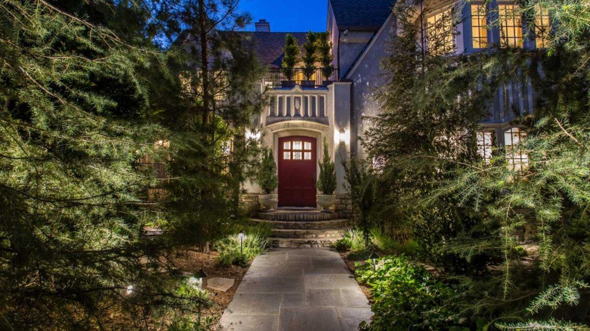 дверь дом Ди Каприо 20-го века