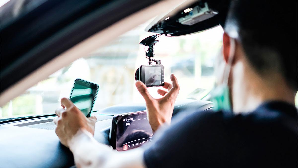 видеорегистратор автомобиль