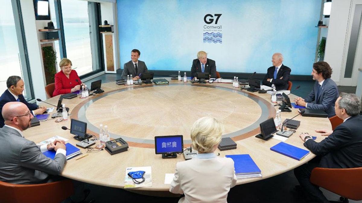 Джо Байден на саммите G7 круглый стол